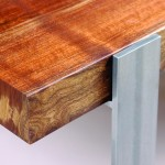 Walnut-Muse-dining-table_detail-3